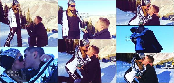 ------- 31/12/17: Notre merveilleuse  Paris Hilton   photographiée dans la grande station de ski dans la journée - Aspen.  Bon c'est une tenue simple petite combinaison de ski qui lui va vraiment bien. J'adore beaucoup, j'aime ses lunettes de soleil. Petit top. -------