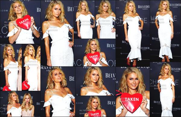 ------- 05/02/18:  Sublime Paris Hilton  photographiée à l'événement de  « Rachel Zoe » -   à Beverly Hills dans la soirée.  Petit top pour cette tenue, cette logue robe et cette couleur blanche lui va tellement bien à mlle Paris. Gros top pour ses cheveux court.  -------
