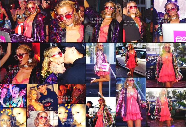 ------- 25/03/18: Notre princesse Paris Hilton photographiée mixant au festival de Hyde Beach dans la soirée  -  à Miami. Gros top pour cette tenue, j'aime beaucoup cette couleur claire va tellement bien à Paris comme la longue robe, j'aime trop. Top/Flop?  -------