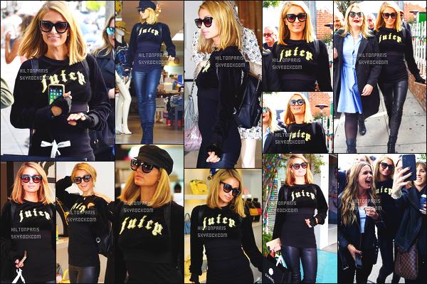------- 05/04/18: La princesse Paris Hilton photographiée dans la journée entrain de faire du shopping - Los Angeles. Je lui accorde un petit top pour la tenue. Elle est toute souriante, ca fait   plaisir de la voir si heureuse, elle est accompagnée d'une amie.   -------