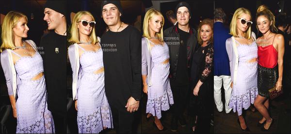 ------- 06/04/18: Mlle Paris Hilton   photographiée assistant à la soirée d'anniversaire de Paris Jackson - à  Los Angeles.  Elle est accompagnée de Chris Zylka. J'aime beaucoup la tenue robe toute simple. Top pour la couleur violette  claire. Elle est  jolie Paris.  -------
