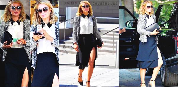 ------- 08/05/18:  Notre princesse Paris Hilton  photographiée  quittant le palais de justice dans la journée Los Angeles.  Petit top pour cette tenue, cette logue jupe   lui va tellement bien à mlle Paris. Gros top pour ses cheveux court.Petit  flop pour la veste.  -------