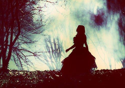 Ces souvenirs qui me rattrapent encore et encore comme pour me rappeler, que j'ai déjà payé le prix pour t'avoir trop aimer...