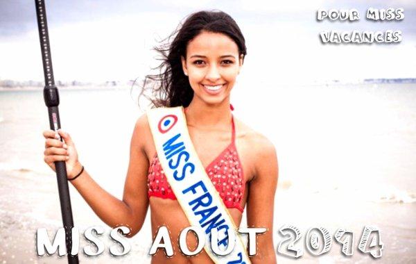 Miss Août pour Miss Vacances 2014