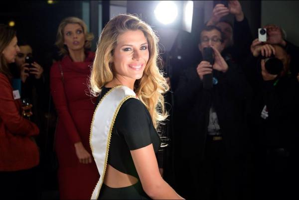 Joyeux anniversaire Camille Cerf, Miss France 2015 !