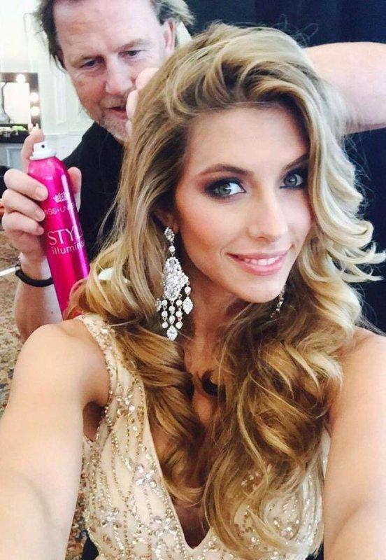 Camille Cerf - Premier jour à Miss Univers
