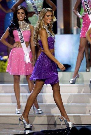 Miss Univers 2014 - Miss Colombie couronnée
