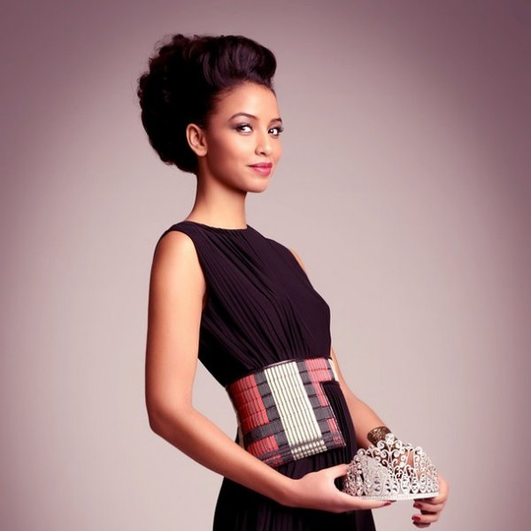 Miss Univers France 2015 est Flora Coquerel !