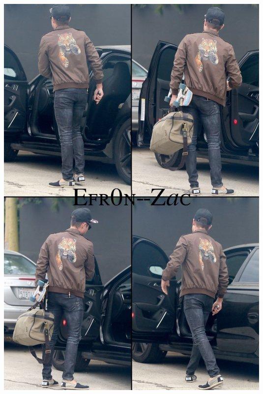 ➽ EFR0N--ZACToday : 29/07/14 - Zac de sortie !    Zac Efron CANDIDS