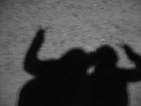 """"""" Nos coeurs à la lumières, les étoiles dans nos bras et nos âmes en enfer. """""""