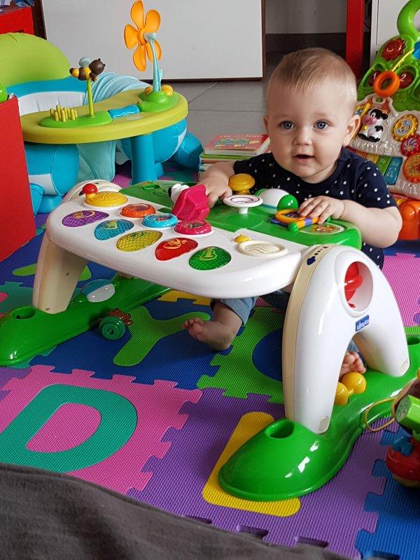 MON arrière petit fils STELLIO  9 mois