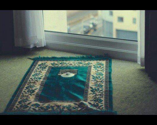 """Si tu me réveilles pour prier derrière moi je dirais """"Amîn""""."""