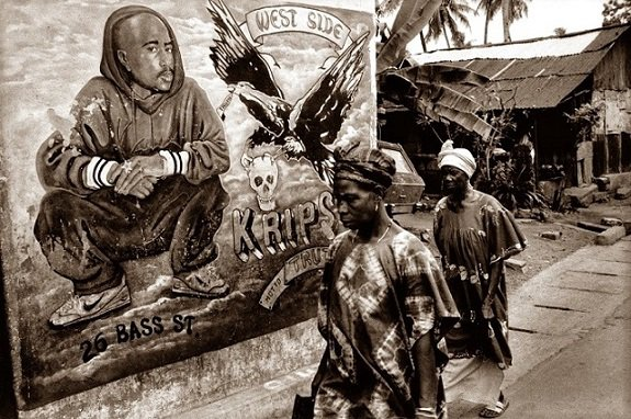 Black Panthers, jeunesse, spiritualité... Les nombreuses facettes d'Afeni Shakur :