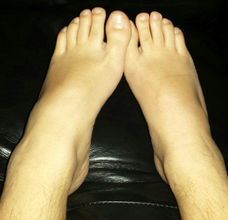 Speciale dedicace pieds-clara