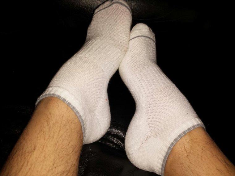 Socquettes ... qui veut les sentir ?