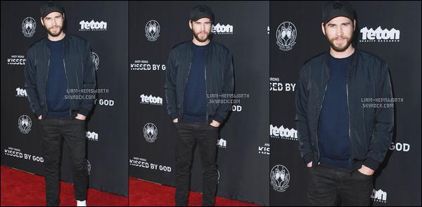 """02.05.2018 : Liam Hemsworth était à la première du film """"Andy Iron's Kissed By God """" à Westwood"""