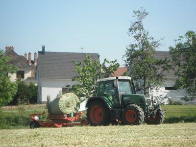 fendt farmer 410 et enrubanneuse kverneland 7420