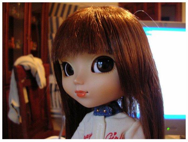 Je vais vous dire pourquoi j'avais changé la wig de Louna