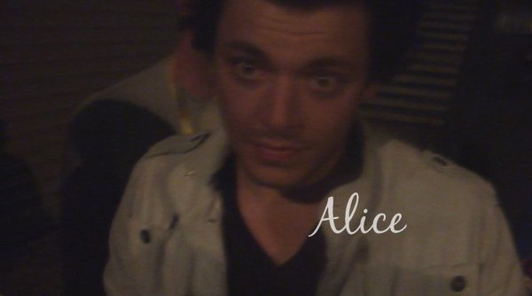 Alice et ... Kev' Adams. ♥