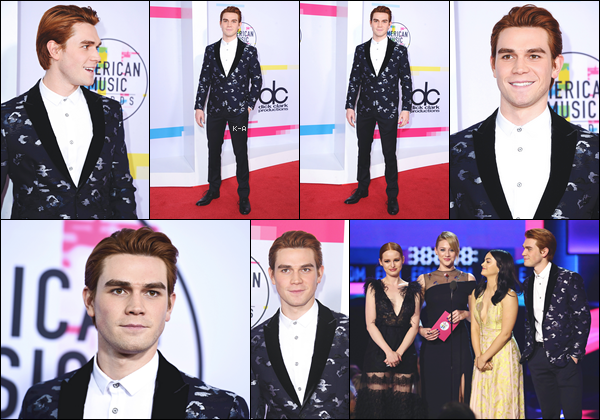 19.11.17 - Kj Apa était présent à la cérémonie des American Music Awards avec le cast de Riverdale à Los Angeles.
