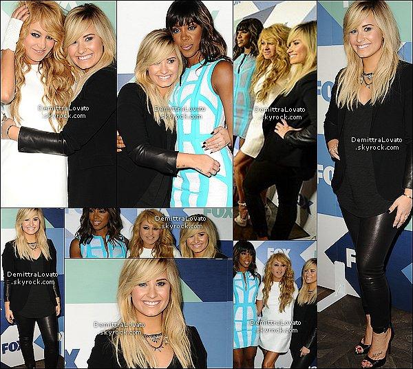 1er Aout Demi (toute bronzé), avec deux autres jury, était à l'événement Summer TCA FOX All-Star Party.