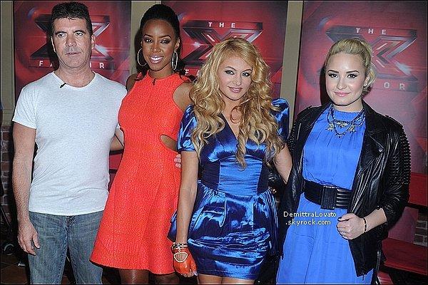 20 Juin Nautre cher juges de « X-Factor » on fait une conférence de présse. (Long Ysland)