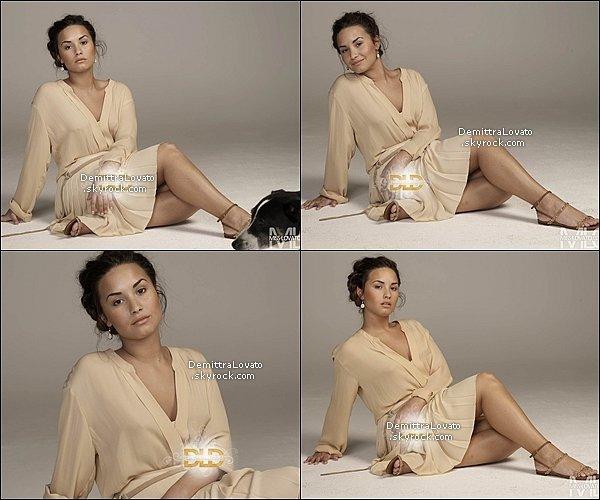 Découvre de nouvelles photos du shooting du magazine Glamour 2011 !