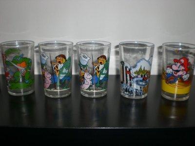 collection des verres a moutarde  années 1980