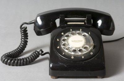 le téléphone passe à 8 chiffres 1985