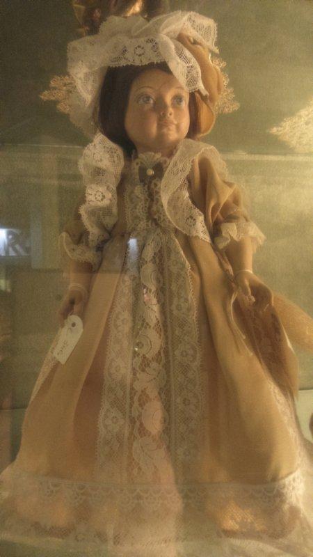 N'oublions pas les poupées