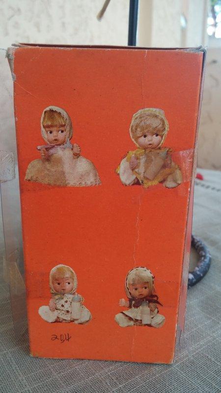 diverses petites poupées
