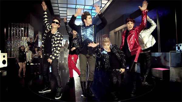 2PM / 2PM Hands Up (2013)