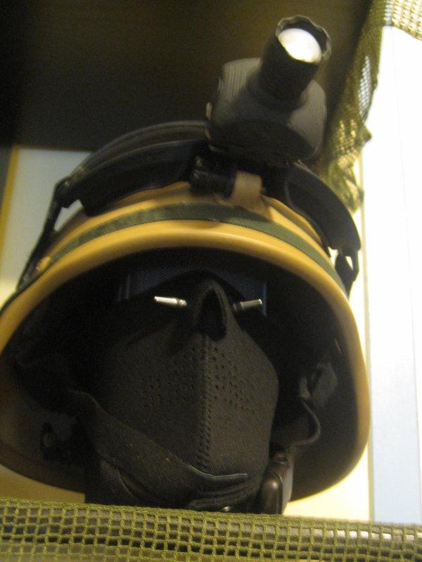 mon demie masque poliéstaire