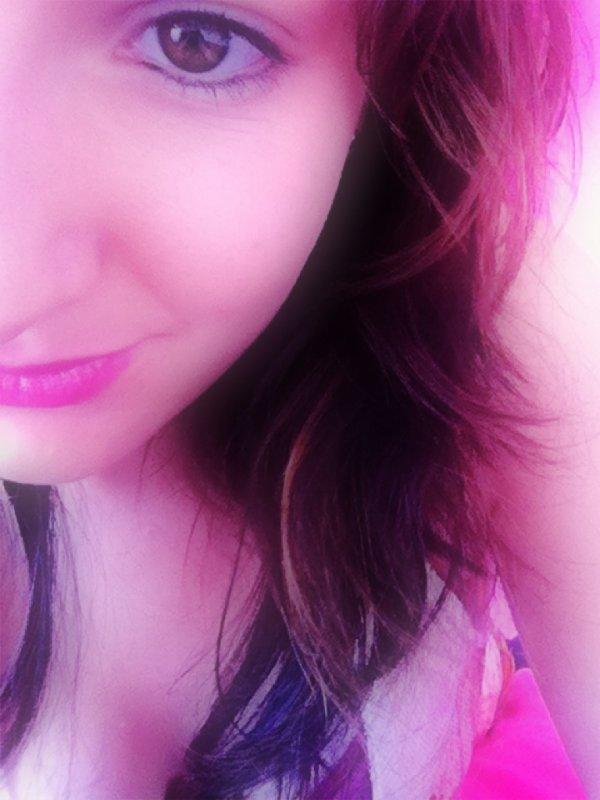 Ce qui me bouleverse, ce n'est pas que tu m'aies menti, C'est que désormais, je ne pourrais plus te croire.