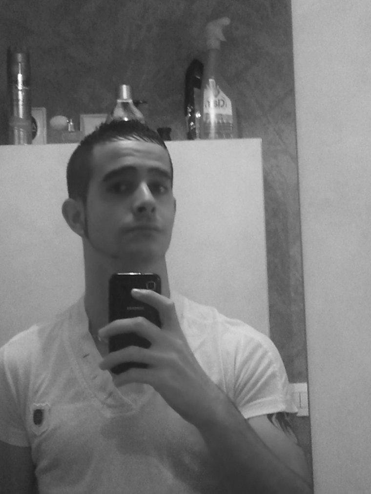 Moi ---> 11-2011