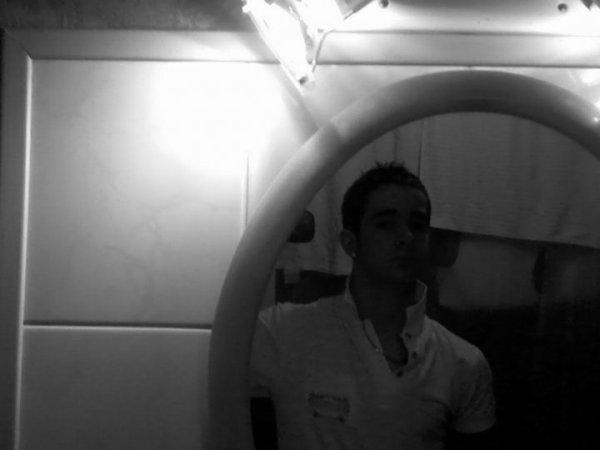 Moi ---> 08-2010