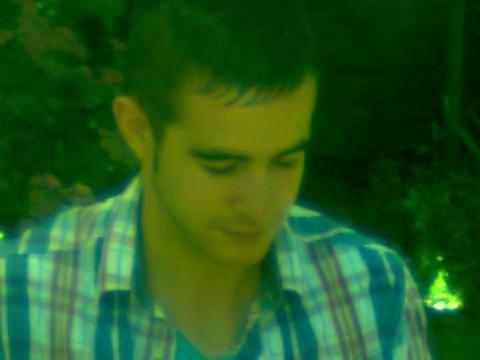 Moi ---> 07-2012