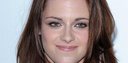 (l)(l)(l) Twilight 4- Kristen Stewart émue par son mariage avec Robert Pattinson (l)(l)(l)