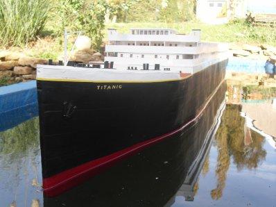 Mise a l'eau du Titanic plus compléte !!