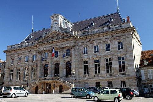 """Résultat de recherche d'images pour """"mairie langres"""""""