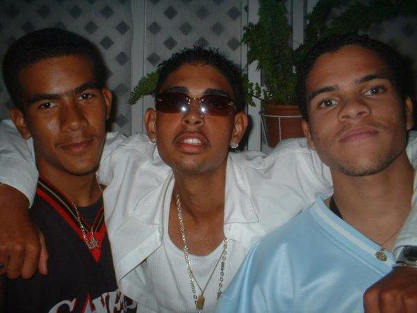 - / La Saga Des Profs (Featuring MC Kenshy & Supa Fly²) (2005)