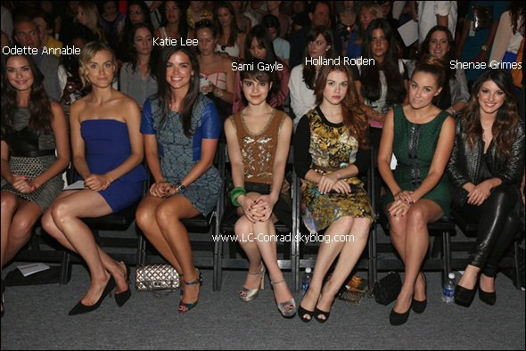 FASHION WEEK DE NEW YORK LAUREN FRONT ROW !!!!