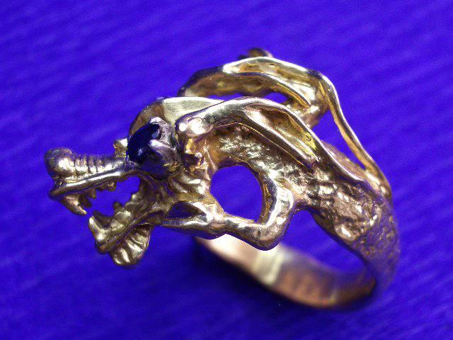 Bague dragon or saphir unique