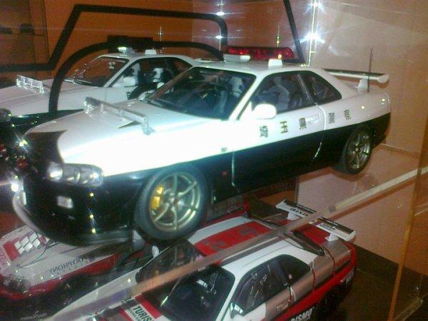 ma Nissan skyline gtr r 34 édition limite de la police japonaise 6000 piece dans monde