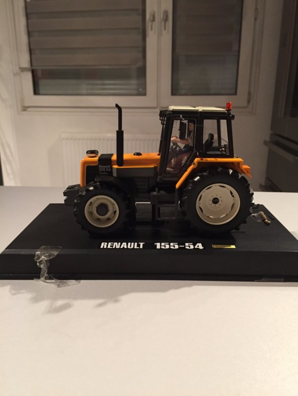 Renault 155-54 aca 2015