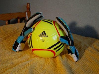 La nouvelle pairs de gants Uhlsport