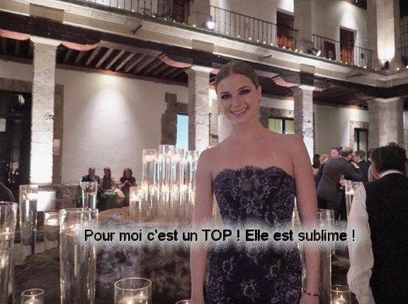 . Emily s'est rendus au Mexique pour le gala de Carolina Herreras pour sa nouvelle collection  .       article publié le 15 Novembre 2014