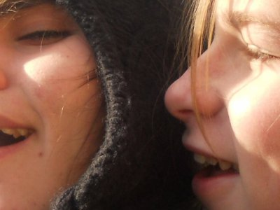 Lise ( gauche ) Darling ( droite )