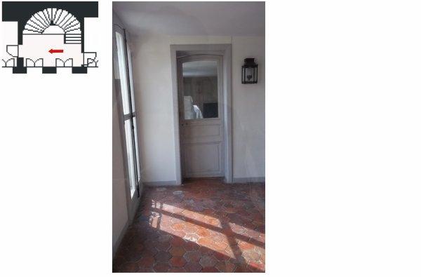 Aile centrale- Attique-Appartement du roi - B3 Escalier semi-circulaire.