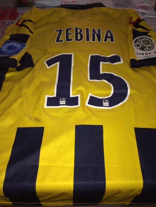 Maillot d'exception porté par J.ZEBINA contre VAFC avec le Bleuet de France